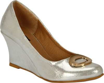Welson Women Silver Wedges