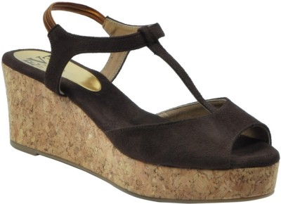 EVE DIOR Women Brown Wedges