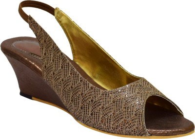 Apick Women Brown Wedges
