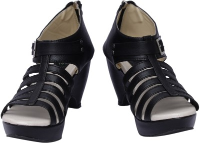 Scantia Women Black, Beige Heels