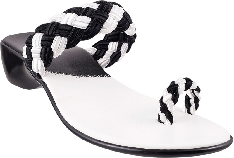 Mochi Women White Black Flats
