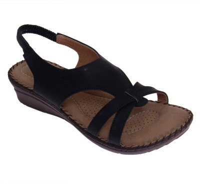 Dutch Benson Women Black Sandals