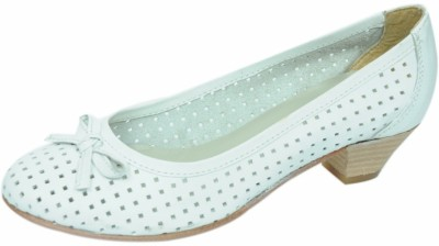 Sakay Women White Heels