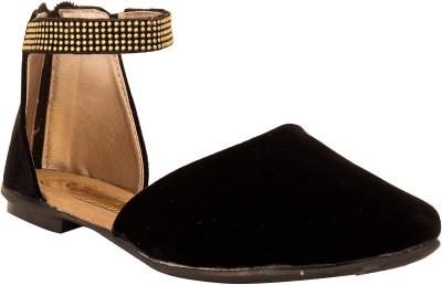 Solester Women Black Flats