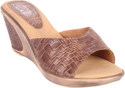Strapup Women Brown Wedges