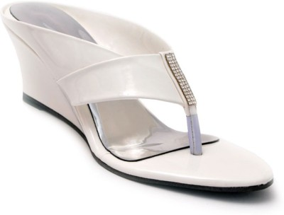 Lee Walk Women White Wedges