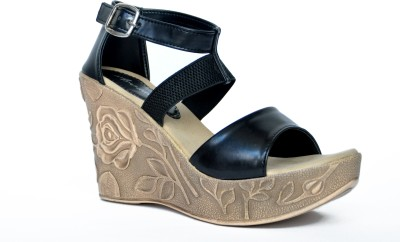 Arcade Women Black Wedges