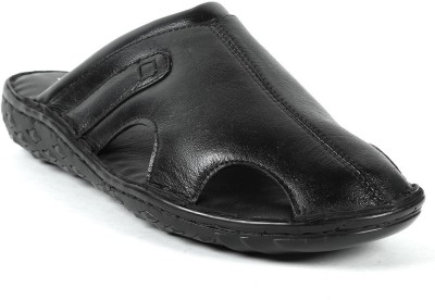 Vaishnovi Men Black Flats
