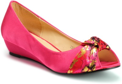 Aqua Women Pink Wedges