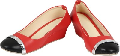 Berrypeckers Women Red, Black Wedges