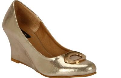 Welson Women Gold Wedges