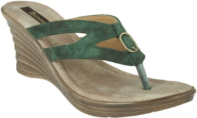 CHICOPEE Women Green Heels