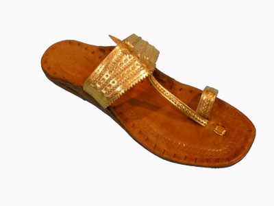 Kolapuri Center Women Gold Flats