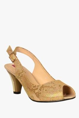 SOLE TO SOUL Women Beige Heels