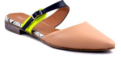 Zaera Women Beige Flats