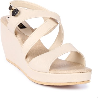 Cute Feet Women Beige Wedges
