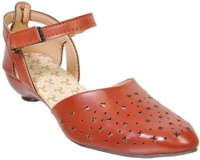 Fescon Women Tan Sandals
