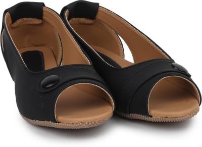 Beonza Women Black Flats