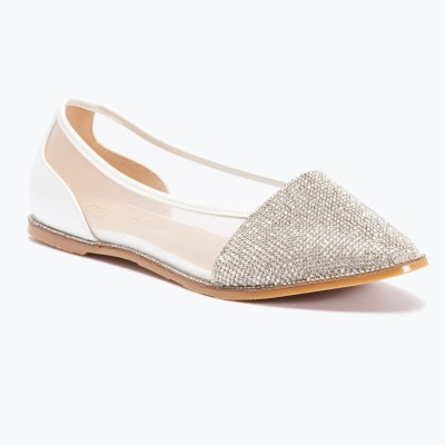 Truffle Collection Women White Flats