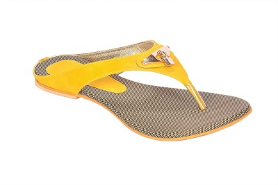 CloverInc Women Yellow, Black Flats