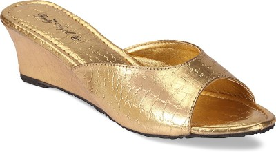Party Girl Women Gold Wedges