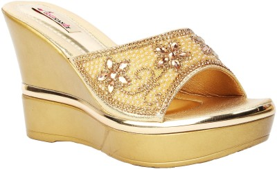 Foot Candy Women Gold Wedges