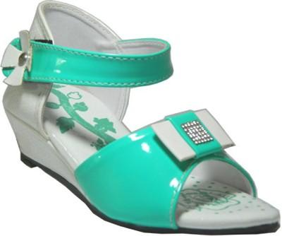 Europian Girls Green, White Sandals