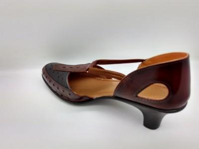 Spacial Women Brown Sandals