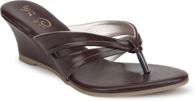 La Briza Women Brown Wedges