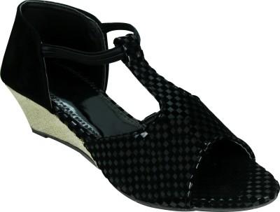 SMART TRADERS Girls Black Sandals