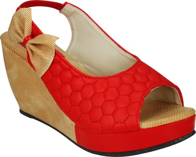 SMART TRADERS Girls Red Sports Sandals