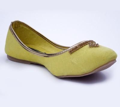 Relexop Women Yellow Wedges