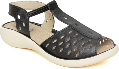 Vendoz Women Black Flats