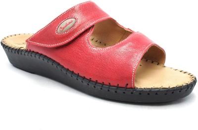 Canthari Women Red Flats