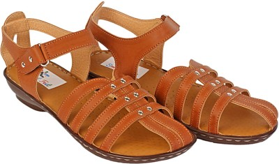 s.m.a.r.t feet Women Tan Flats