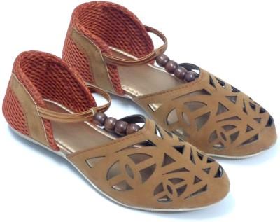 CreativeSelections Women Brown Flats