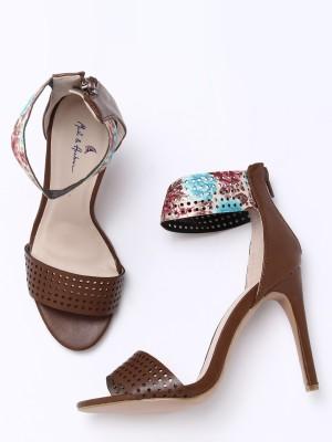 Mast & Harbour Women Brown Heels