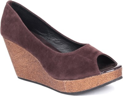 Soft & Sleek 1349 Brown Women Brown Wedges