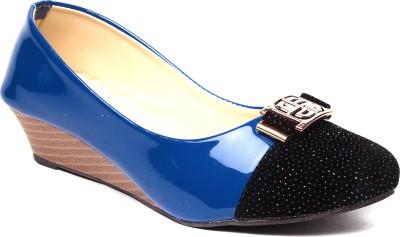 Monaliza Women Blue, Beige Wedges