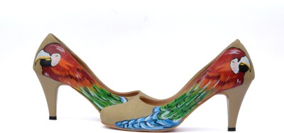 Wearmates The Parrot Design Women Beige Heels