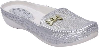 Fab Fashion Women Silver Flats
