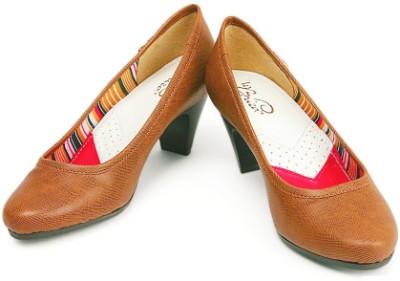 La Briza Claudia Women Brown Heels