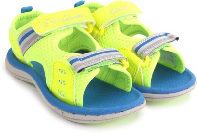 Clarks Piranha Boy Yellow Synthetic Boys, Girls Yellow Flats