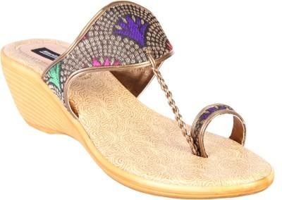 karizma shoes Women Gold Wedges