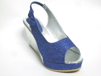 BAMBINI Women Blue Wedges