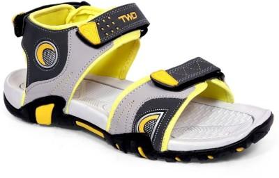 TOUCHWOOD Men, Boys Yellow Sandals