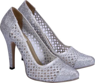 Soft & Sleek Girls Silver Sandals