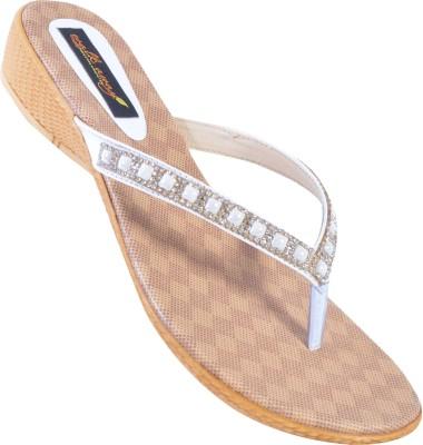 Walkaway Women White Heels