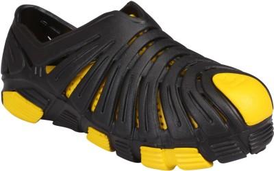 Jabra Men Yellow Sandals