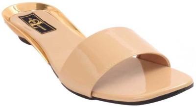 Claude Lorrain Women Beige Flats